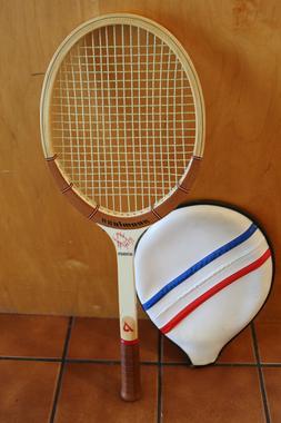 BRAND NEW  Bobby Riggs Signature Seamless Tennis Racket Red